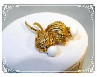 Vintage Scottish Thistle Brooch with White Cabochon -   2007a-122512000