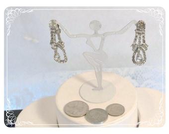 Drippy Long Vintage Clear Rhinestone Clip on Earrings - E2241a-080712000