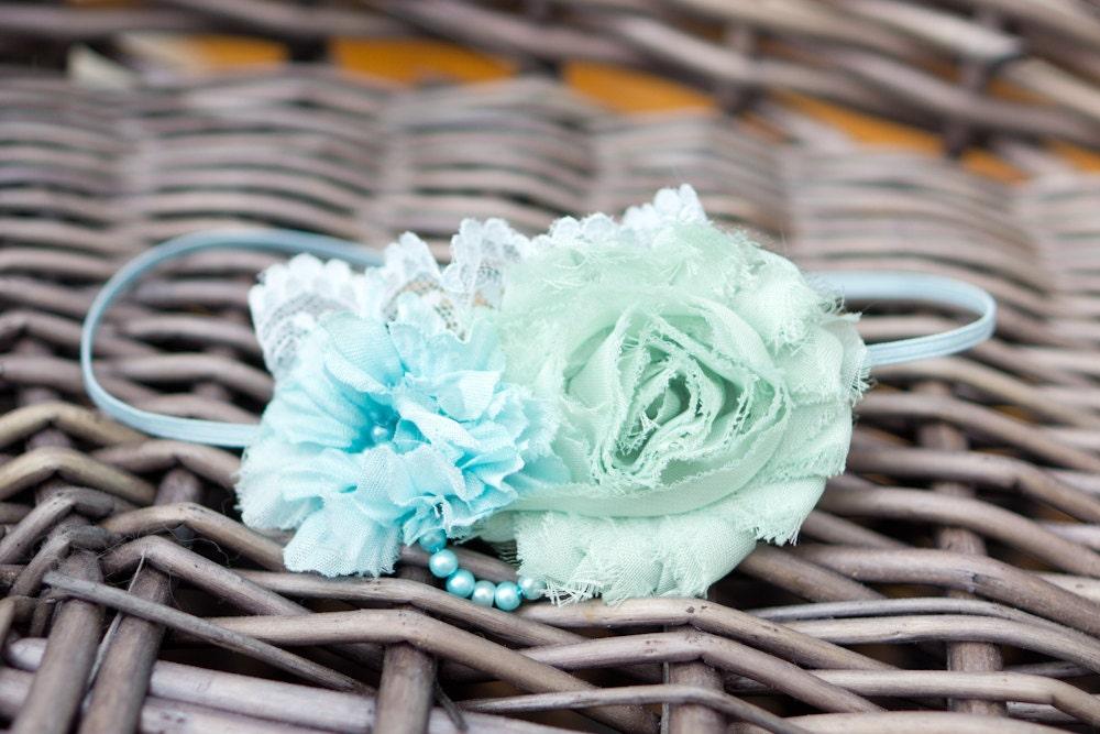 bandeau bleu turquoise avec fleurs et dentelle pour nouveau n. Black Bedroom Furniture Sets. Home Design Ideas