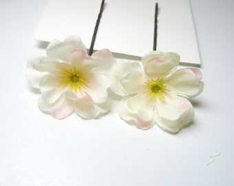 Wedding  white Hair Flower bobby pin- Bohemian Hair Piece -bridal accessories, , flower hair clips, bridal hair flower