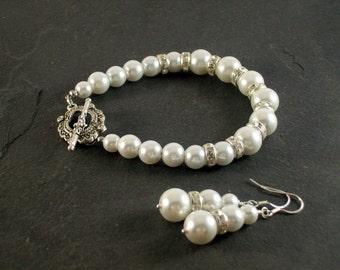 White Pearl Bridal Set,  Wedding Jewelry, Pearl Bridal Jewelry, Bridal Jewelry,