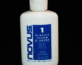 Novus Plastic Cleaner And Polish 2 Ounce Squeeze Bottle
