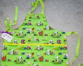 Boys Size 6 Charlie Brown Easter Apron