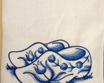 Cotton Flour Sack Dish Towel Embroidered Dutch Wooden Shoes Delft Blue