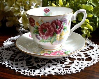 Crown Ceramics Ltd. Fine Bone China Tea Cup and Saucer, Floral Motif, Gold Gilt, India
