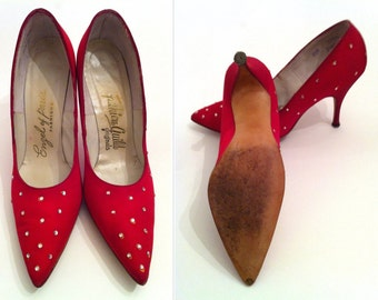 Red Shoes, Red Heels, Size 6.5, Women's Red Pumps, Vintage Stilettos, Enzel of Paris Red Vintage Heels, Christmas Gift, Gifts for Her
