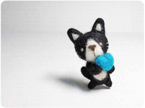 Coby Cat - needle felted wool brooch, crystal bead