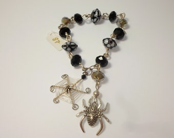 """wire wrapped beaded silver bracelet """"Spider"""""""