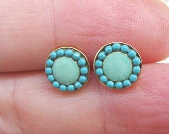 Turquoise Stud earrings, turquoise post earrings.  hammered gold disk-Color of fashion   .silver sterling posts.