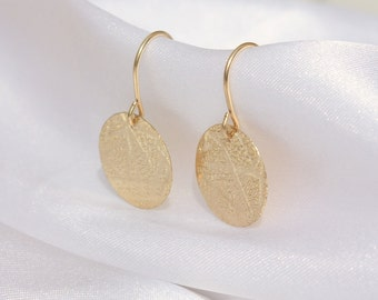 Gold disc earrings, Petite 14k gold filled discs,disc earrings, Everyday Jewelry.