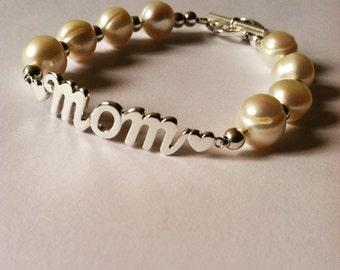 Mothers Day Present, Mom bracelet, pearl bracelet