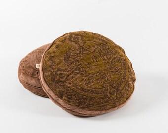 Brow buckwheat recto-verso cushion - Old candy box pattern