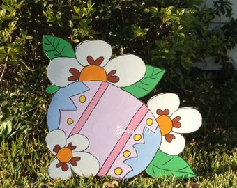 Easter Eggs with Flowers Yard Art