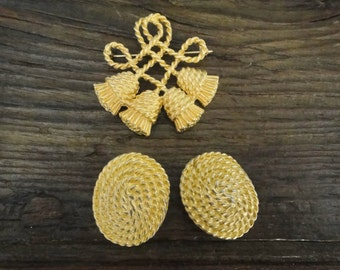 Beautiful Gold Tone Vintage Earrings and Brooch Duo