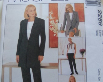 McCalls 2289 uncut size 6, 8 and 10