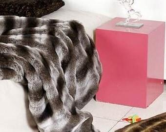 "Premium Ultra Soft Luxurious Chinchilla Faux Fur Throw Blanket 60""x72"""
