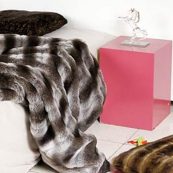 Ultra Soft Luxurious Chinchilla Faux Fur Throw Blanket 60 Quot X72 Quot