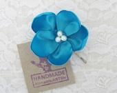 Turquoise Flower Hair Piece. Flower Bobby Pin. Wedding Hair Accessory. Bridesmaid Hair Flower. Flower Girl Hair Flower.