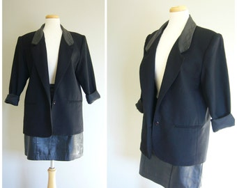 Vintage Black Wool BLAZER with LEATHER LAPELS/size small-large