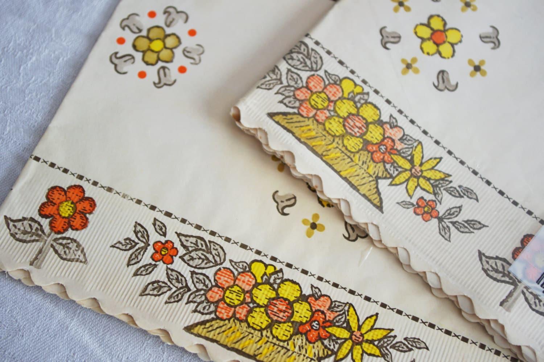 Vintage Shelf Liner Paper Flower Design Original Package