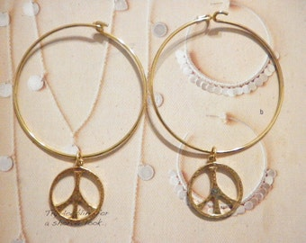 2 Goldplated Peace Sign Charm Bracelets