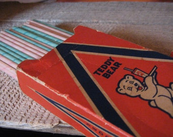 Box of Vintage Paper Drinking Straws