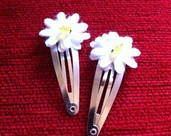 Daisy Flower Hair Clip