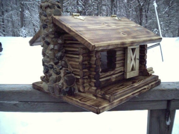 Flamed Deluxe Log Cabin Bird Feeder With A Stoned Chimney
