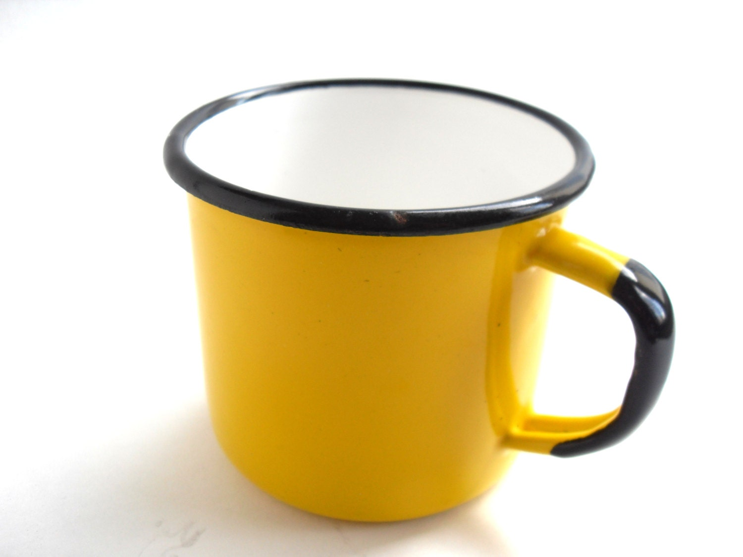 vintage enamel metal mug yellow retro cup made in poland. Black Bedroom Furniture Sets. Home Design Ideas