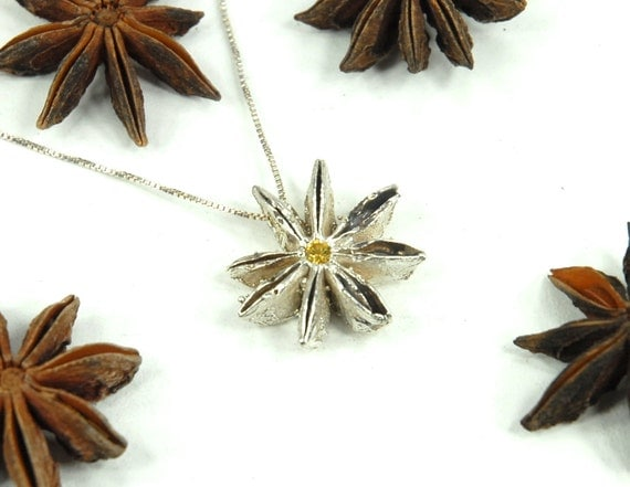 Star Anise Pod Cast in Sterling Silver with 3 mm Golden Topaz
