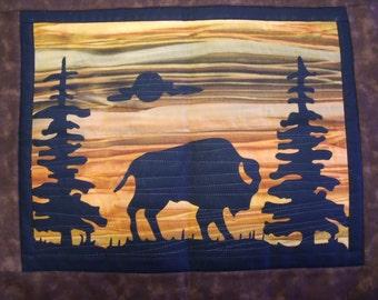 BISON Quilt KIT with Pre-cut Fabric Die Cut Applique silhouettes
