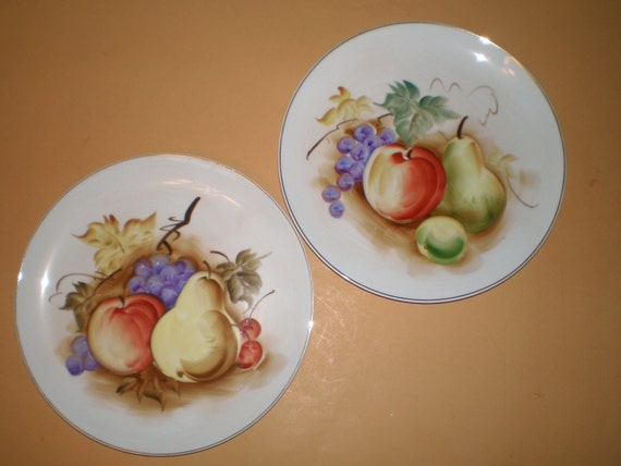 White Decorative Wall Plates With Painted Fruit