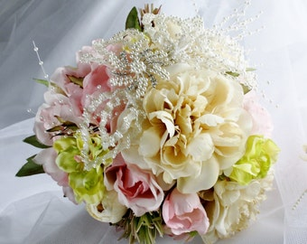 Wedding shabby chic bouquet/Bridal vintage bouquet/Silk poenie and roses bouquet/Ivory and pink roses wedding bouquet/Pearls bouquet/