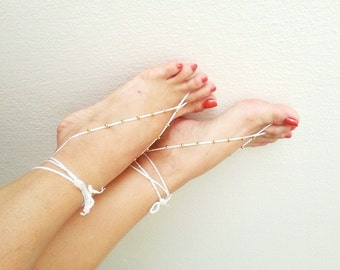 Wedding white & gold barefoot sandals,bridal accessorys,Summer wedding,bridesmaid,Footwear, foot jewelry, yoga, beach