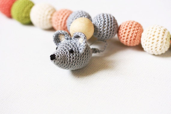 Mouse Nursing Necklace, Teething toy necklace,Teething necklace, Organic teething necklace, Baby toy necklace