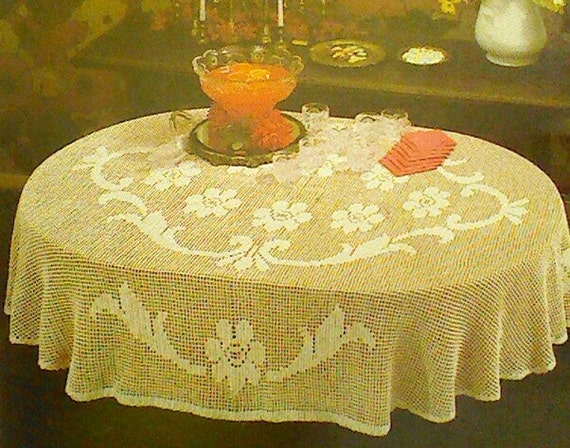 Vintage Crochet Oval Floral Filet Tablecloth by MAMASPATTERNS