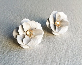 Bridal flower posts etsy bridal vintage rose earring bridal post earring bridal earring white white flower earring mightylinksfo