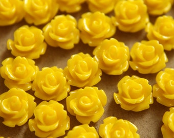 30 pc. Yellow Glossy Rose Cabochon 10mm | RES-187