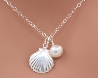 Shell and Freshwater Pearl NEcklace. Sea Charm  Necklace, Sterling Silver / 14k gold fill Shell Necklace, Beach Wedding, Bridesmaid Gift