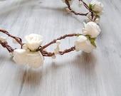 Rustic Wedding head wreath, White Roses Flower crown, bridal flower tiara, white flowers hair accessory, woodland wedding,boho headpiece
