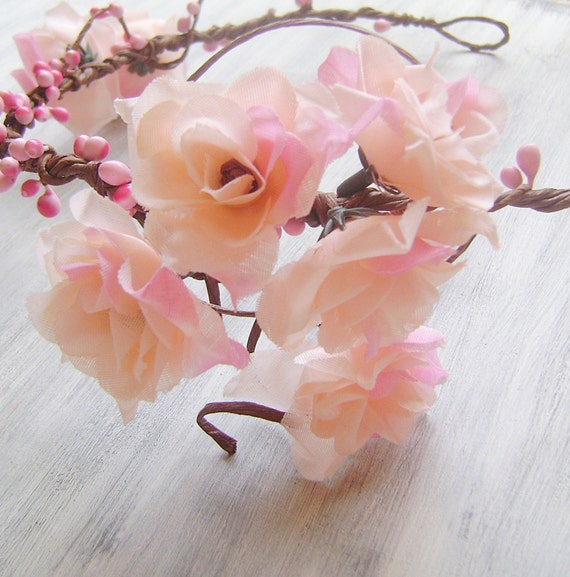 Flower crown, bridal flower tiara,light pink roses, hair accessory, woodland wedding, rustic,headpiece,head wreath