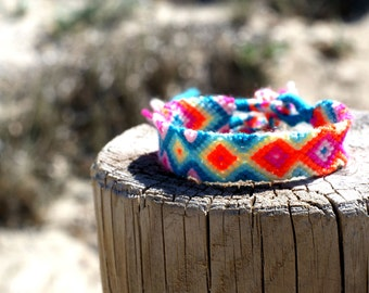 Friendship Bracelet. Neon Splash.