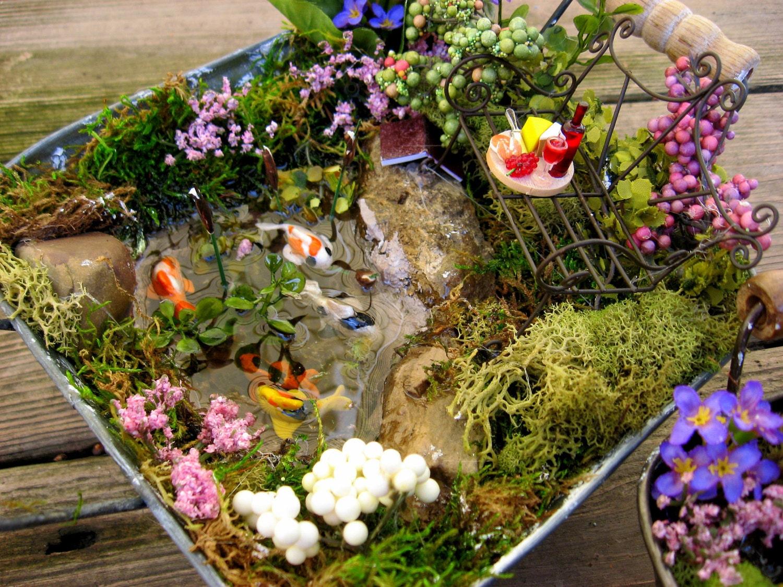Small desktop fairy garden miniature koi ponds for Mini garden pond