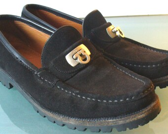 Salvatore Ferragamo Suede Lug Soled Loafers Made in Italy Size 8B