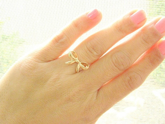 Knot ring, (6.5)