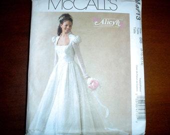 8 10 12 14 Renaissance Restoration Bridal Evening Dress Wedding Gown PATTERN McCalls 4713 Uncut