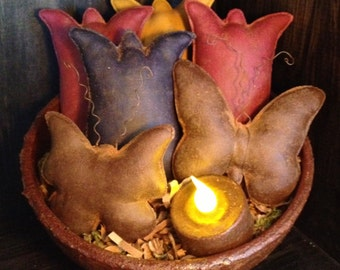 Primitive Butterflies and Tulips Bowl Fillers