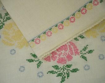 Handmade Linen Floral Cross Stitch Tablerunner Trimmed in Lace
