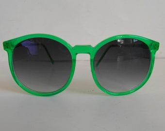 Vintage Translucent Apple Green Round Frame Sunglasses