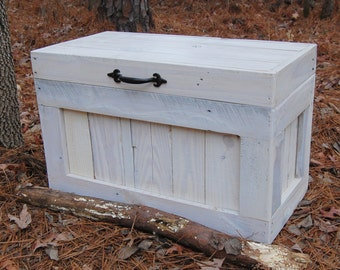 Hope Chest / Coffee Table/ End Table/ Toy Box/ Reclaimed Wood/ Small Chest